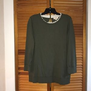 Green sweater with collar detail